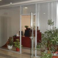 Офис Ирэнь (встроенная в алюминиевую конструкцию
